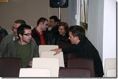 Mihai Musatoiu(camasa rosie) -dailybusiness.ro si Cristina Popescu- Romtelecom - Web Club 9 mai 2008 126