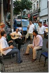 muzicanti turci pe strazile istanbulului