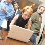 Lansare-laptopuri-Samsung-Cristina Bazavan