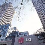 Șefii LG Electronics au deschis șampania