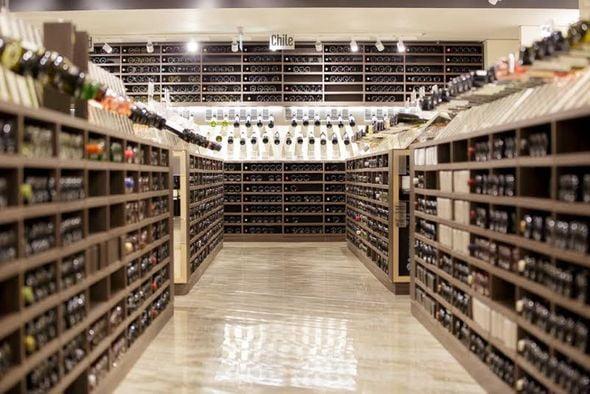 wine gallery mega image