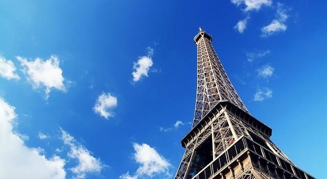 eiffel-tower-1285975_640