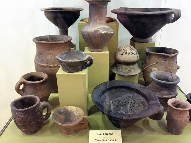 ceramica dacica muzeul national secuiesc sfantu gheorghe