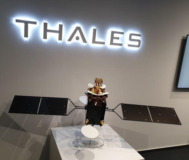 Satelit produs de Thales
